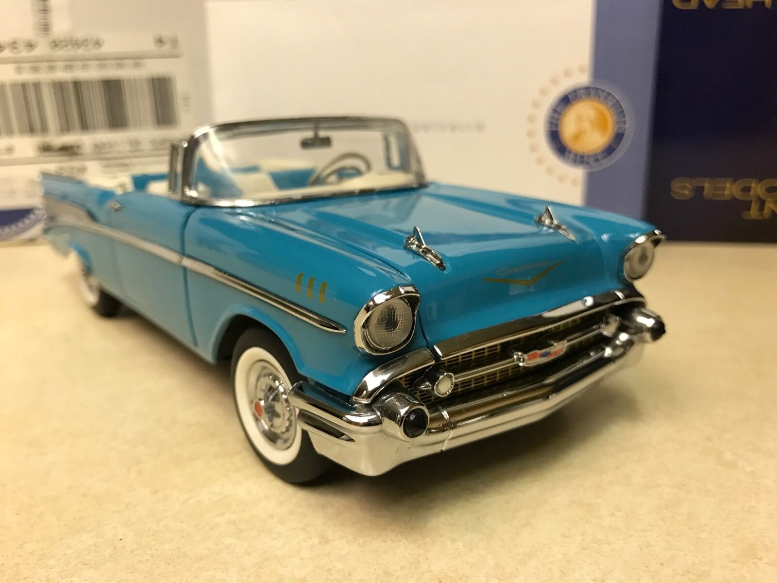 1 24 Franklin Mint Larkspur bluee 1957 Chevrolet Bel Air Congreenible B11C407
