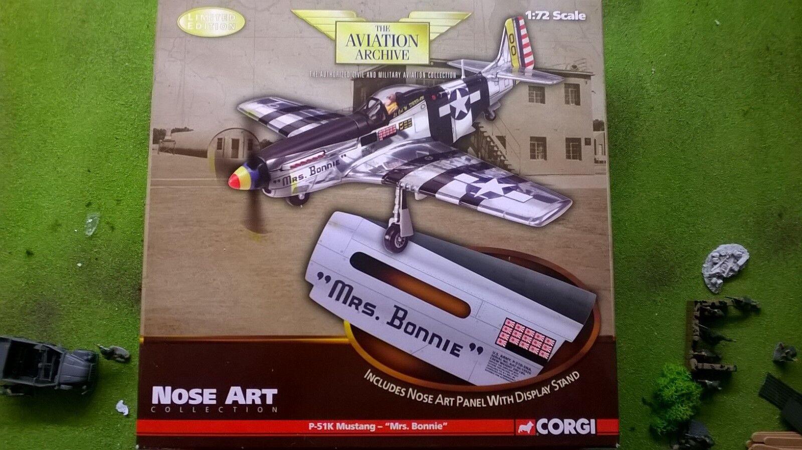 Corgi Die Cast Mme Bonnie Mustang avec nez ART MODEL (USA Version uniquement)