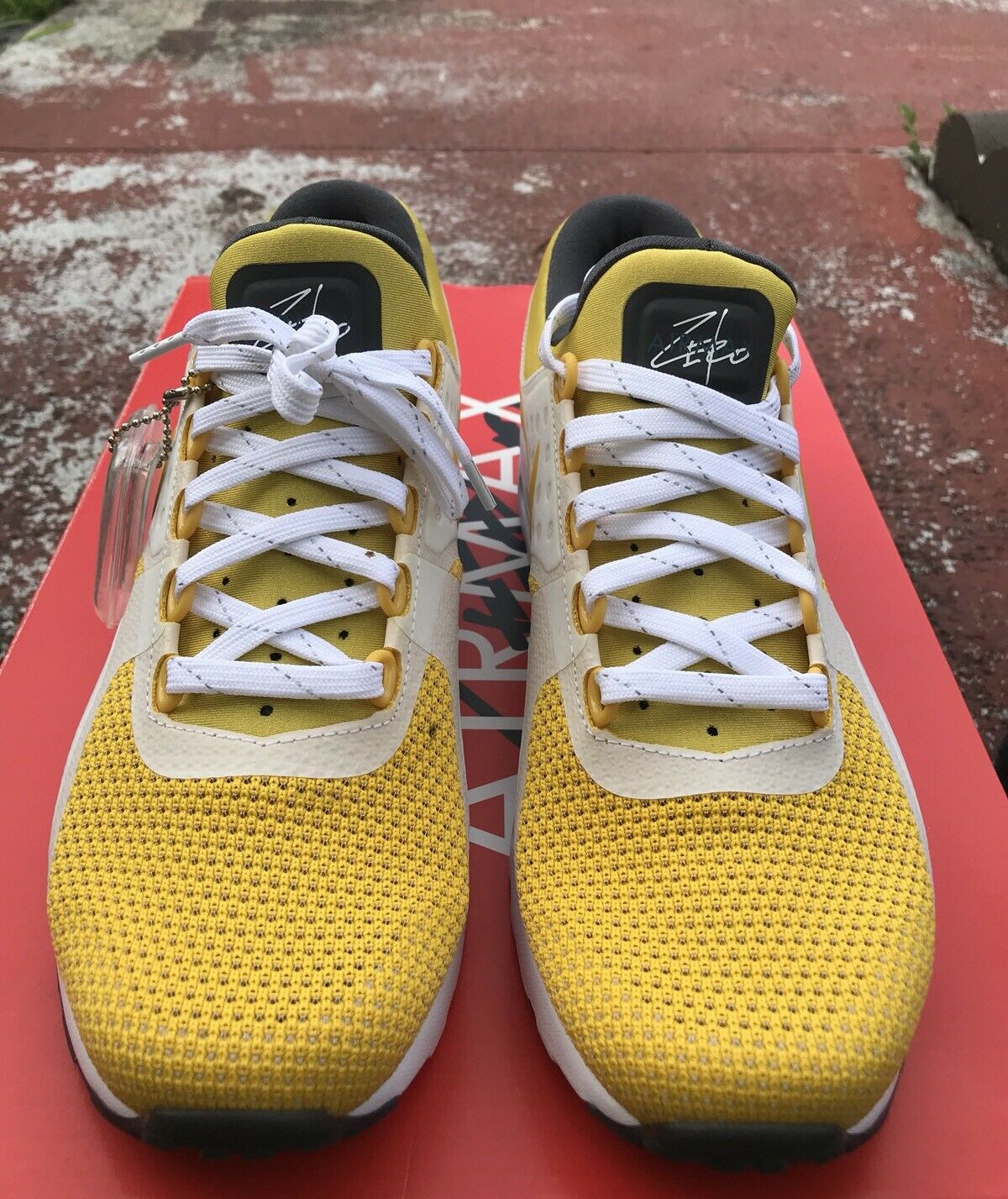 best service fba9d f620f Nike Air Max Zero 0 QS Originals Yellow White Style Style Style 789695-100  Sz