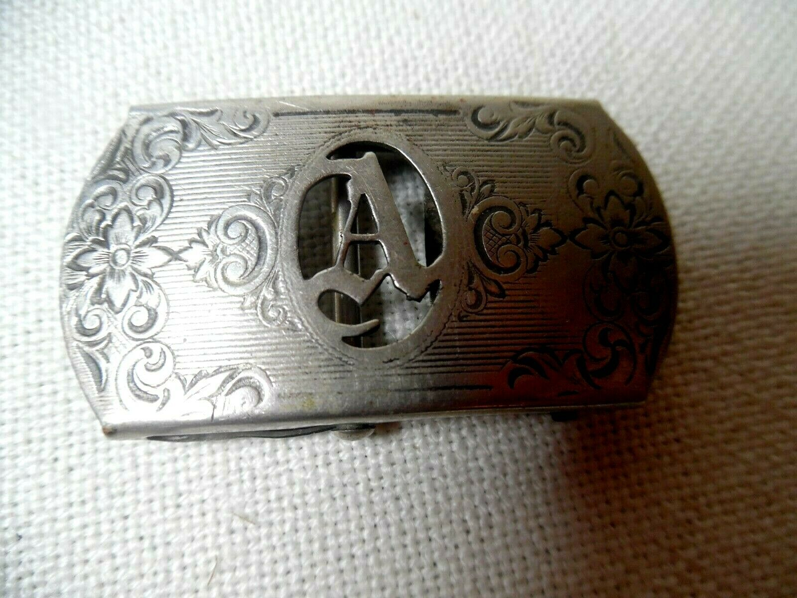 ANTIQUE 1918 LADIES ORNATE NICKLE SILVER BELT BUCKLE WITH CUTOUT INITIAL A