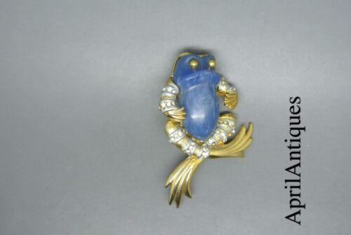 Vintage Sphinx blue lucite belly frog gold-tone brooch
