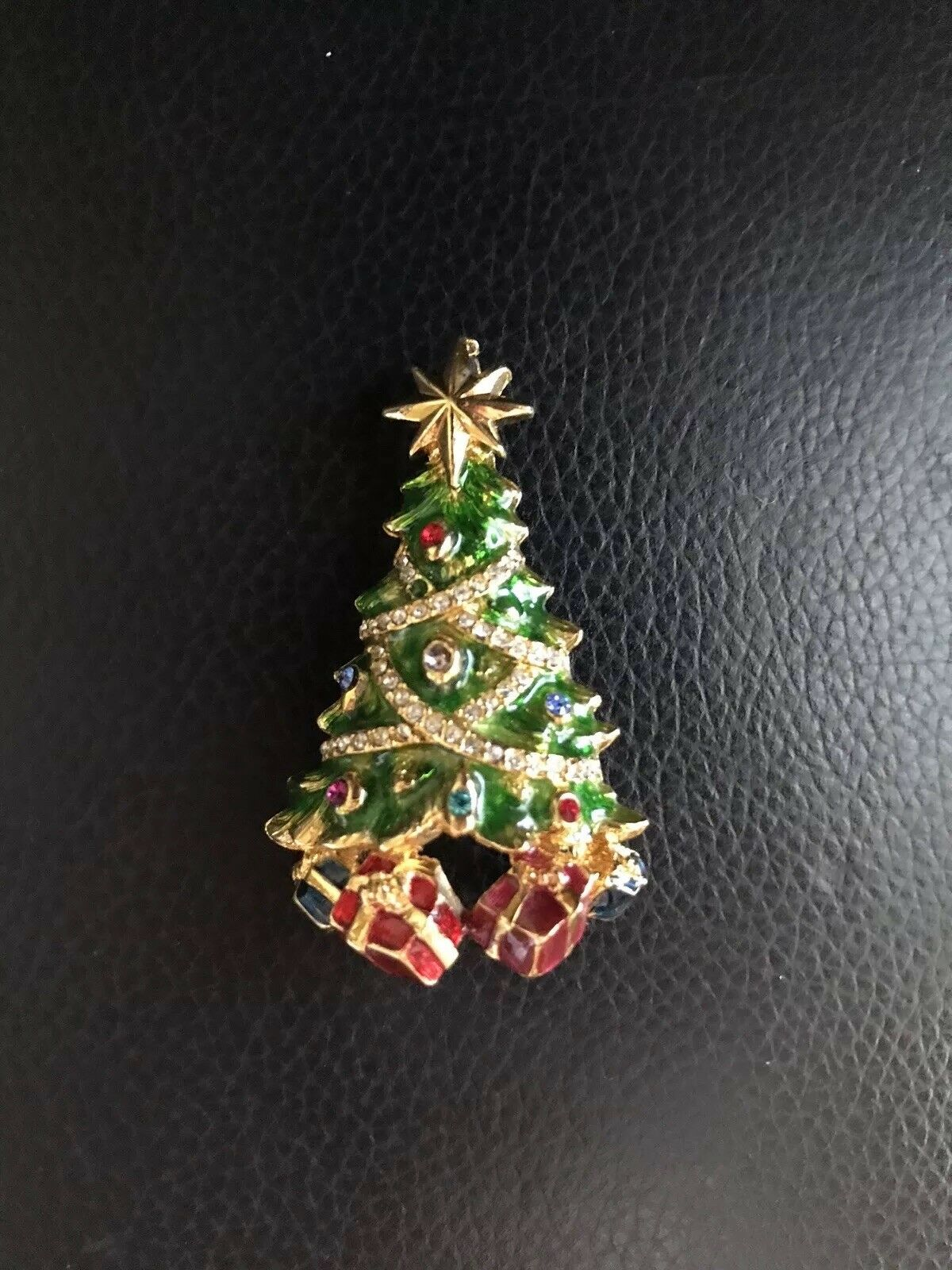 Christopher Radko Jeweled Crystal Christmas Tree w  Presents Pin Brooch
