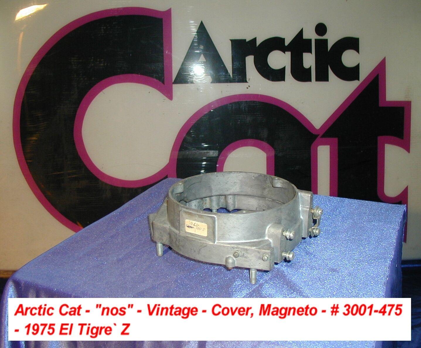 El Tigre Z vintage nos de la moto de nieve del gato polar.