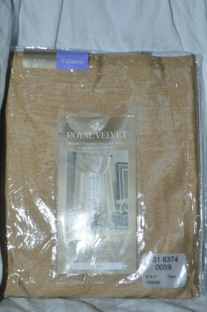 Royal Velvet Plaza Waterfall Valance 57 W x 41 L Cool White