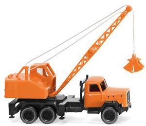 WIKING-066203-Kommunal-Mobile-Crane-Magirus-fuchs-1-87-H0