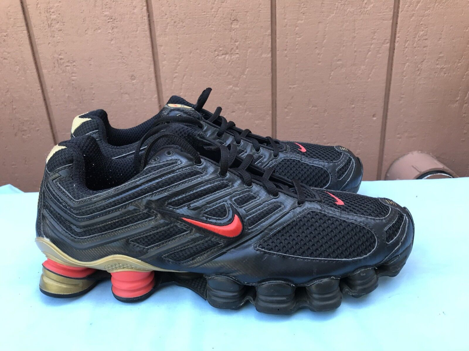 VERY RARE EUC Men's Nike SHOX TL 4 US 11.5 Black Red Athletic Running Shoes A6 best-selling model of the brand