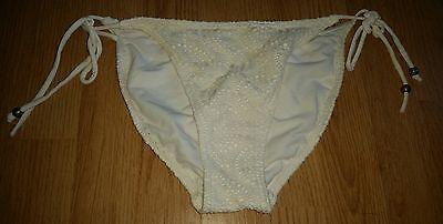 Gorgous white crochet CHEROKEE side tie bikini bottoms size 12