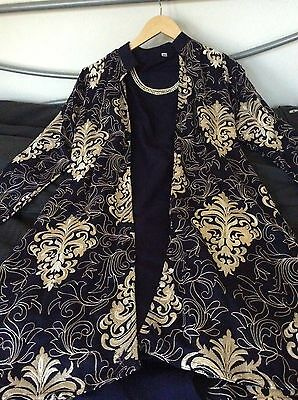 Giacca Navy Ricamato-pakistana/indiano Vestito Da Henné Mehndi (taglia 8)-an Outfit By Henna Mehndi (size 8) It-it Scelta Materiali