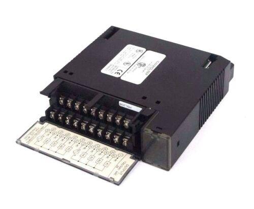 GE FANUC IC693MDL330F OUTPUT MODULE 120//240VAC 2A 8PT
