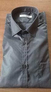 73ac2bcb05 Dettagli su CALIBAN camicia uomo colletto piccolo SLIM tessuto lucido TG 40