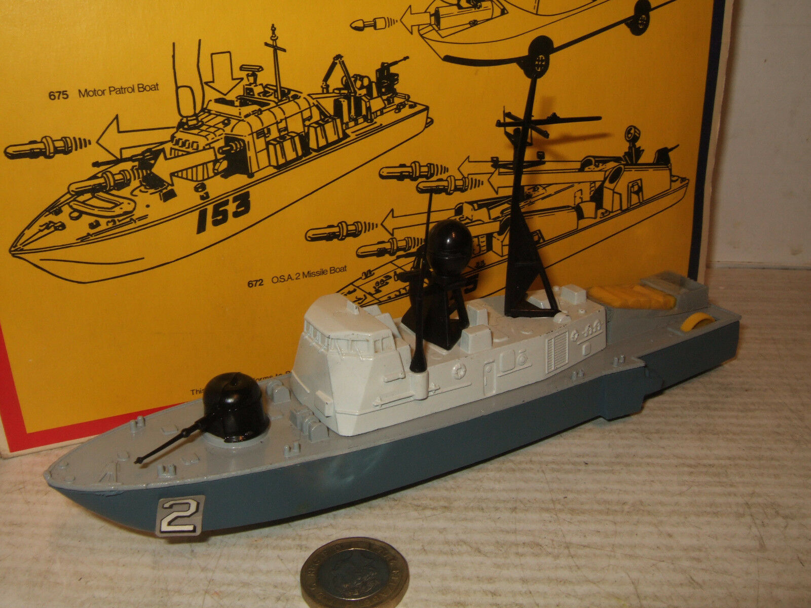 Dinky 673 Submarine Chaser  with Depth Charge feature in original Dinky Box..  la meilleure offre de magasin en ligne