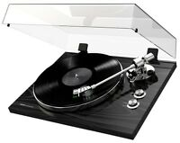 Akai BT500 Premium Belt-Drive Turntable (Black)