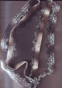 ruban-galon-tissu-fil-couleur-bleu-blanc-1-50-metres
