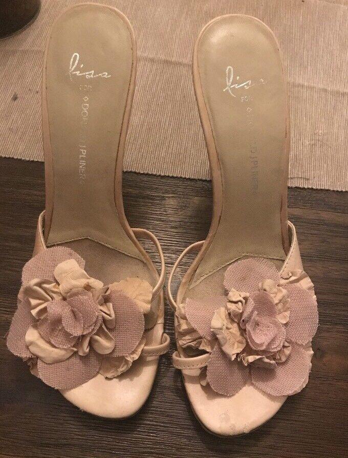 DONALD PLINER Lisa  Nude Slide Floral Applique Leather Heels  195  sconto
