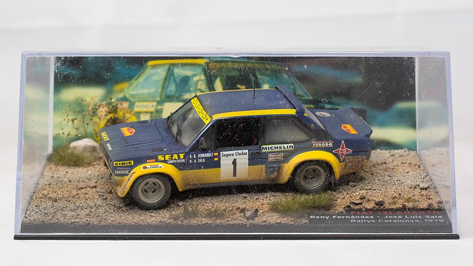 1 43 gealtert Diorama Fiat 131 Abarth Fernandez Rallye Catalunya 1979 IXO
