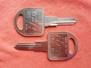 2-CADILLAC-ALLANTE-KEY-BLANKS-DOOR-TRUNK-1987-1993