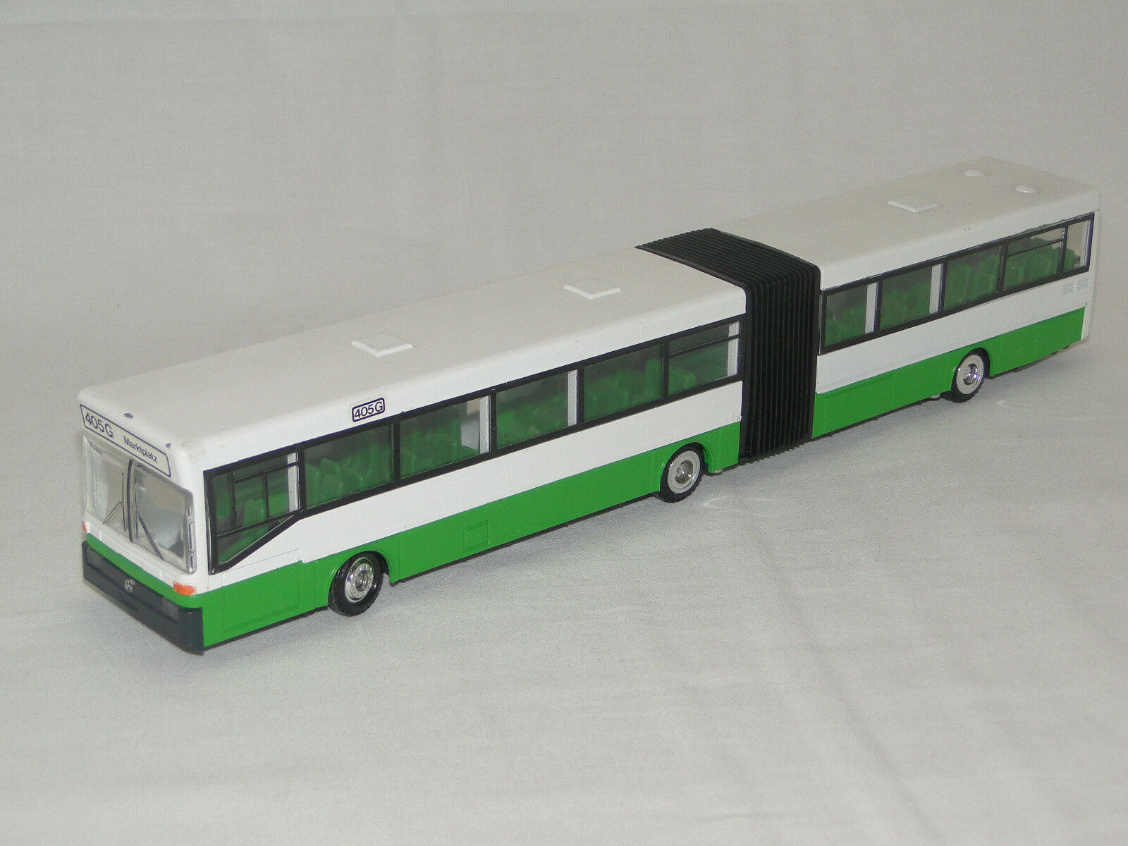 Conrad no. 5422 MERCEDES BENZ spinta autosnodato 0 405 G 1:50 Bus