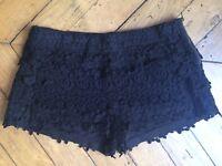 Short ZARA dentelle noir Taille M