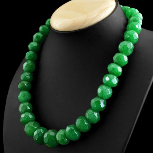 821.00 cts Earth mined riche vert émeraude forme ronde à facettes Perles Collier