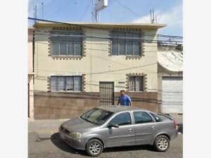 Casa en Venta en Perla Reforma