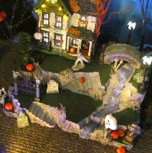 Creepy CREEK Halloween Waterfall Village DISPLAY platform base, Dept 56, Lemax