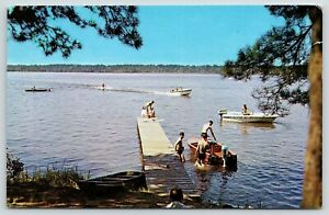 Hollandale-MS-Percy-State-Park-Water-Skiing-Near-Pier-Brushy-Lake-1950s-PC