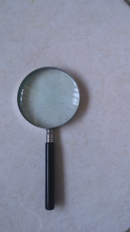 Magnifying glass 90mm diameter