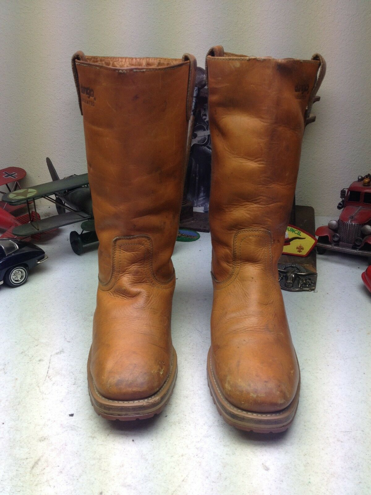 DISTRESSED A ACME DINGO VINTAGE  A DISTRESSED SQUARE TOE INSULATED WESTERN CAMP  BOOTS 8.5D 7be903