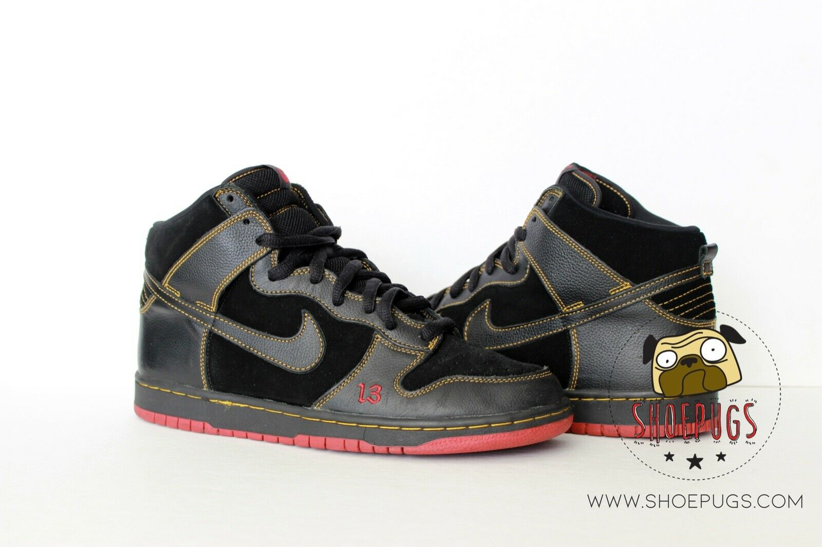 2004 Nike Dunk SB High Unlucky sz 10.5 w  Box black red used   TRUSTED SELLER