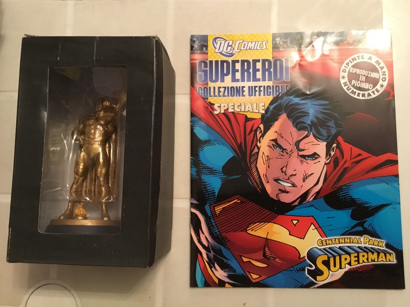 DC SUPEREROI COLLEZIONE SPECIALE SUPERMAN CENTENNIAL PARK Statua+Fasc EAGLEMOSS