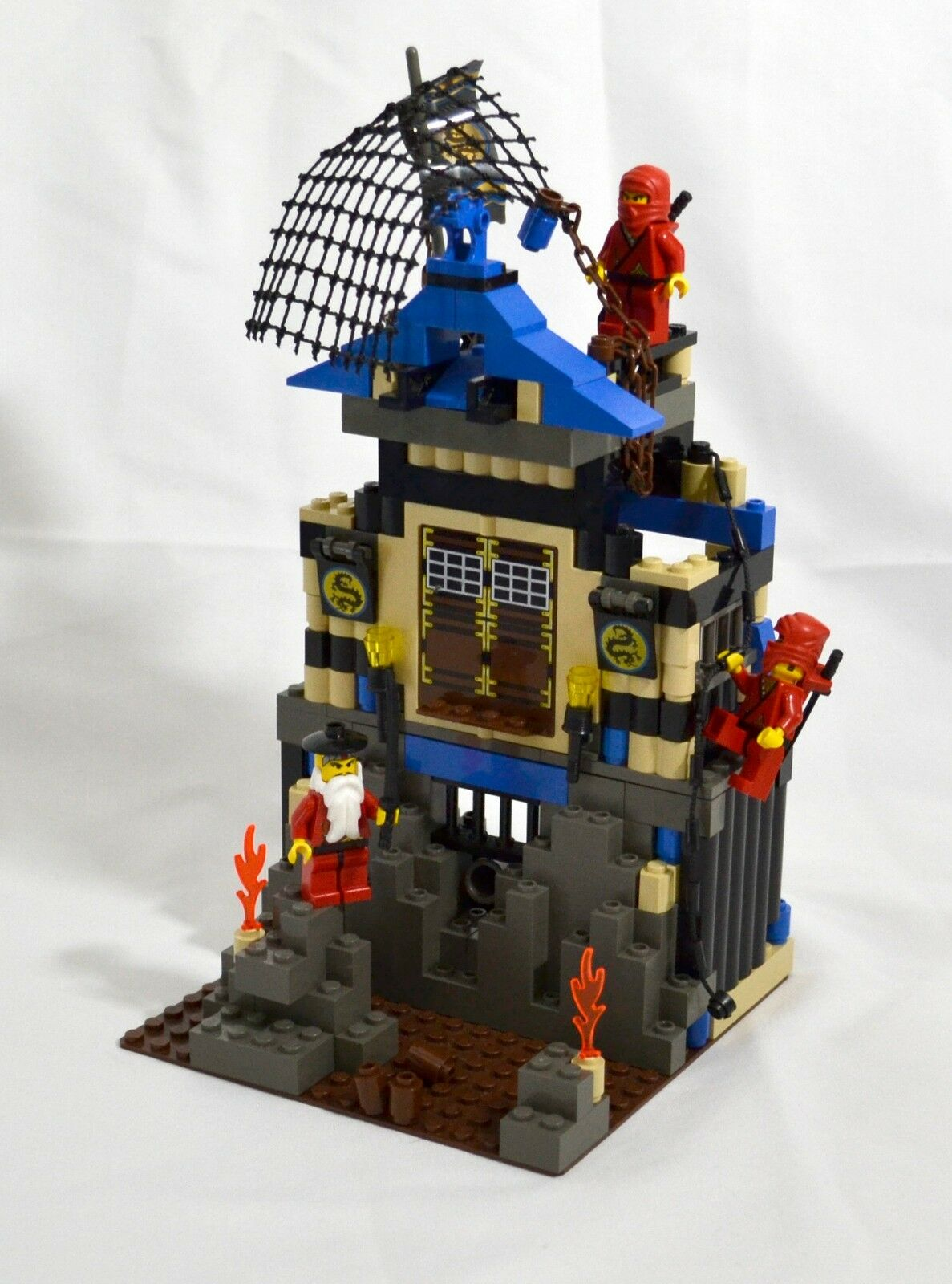3052 Ninja's Fire Fortress - LEGO Set - Free Shipping - 100% Complete