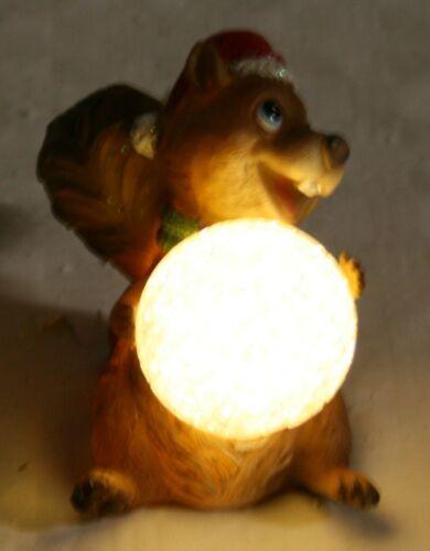 Décoration de Noël Écureuil assis avec lumière DEL 8,5 cm H ART DECO Pierre