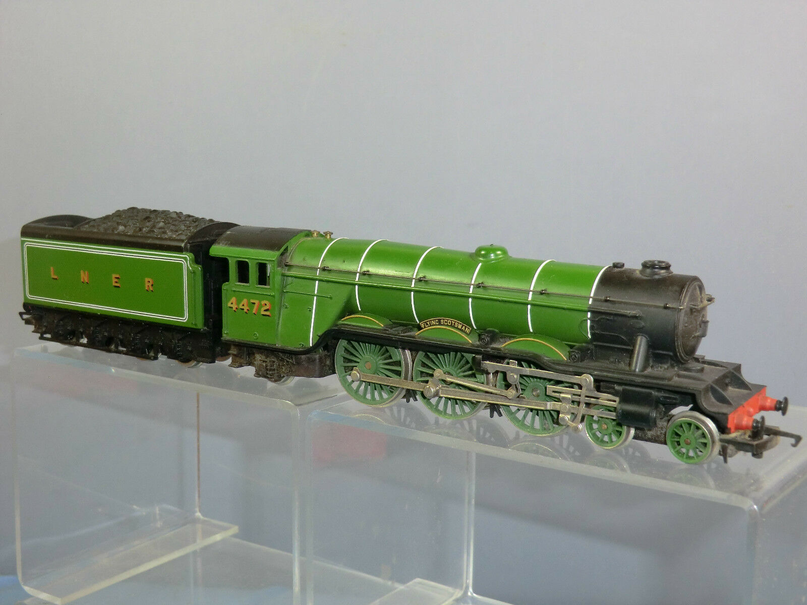 HORNBY MODEL No.R398 LNER CLASS A1 4-6-2  FLYING SCOTSMAN  WITH CORRIDOR TENDER