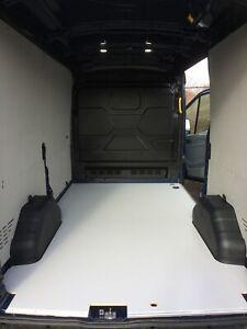 Bodenplatte-fuer-Ford-Transit-Siebdruckplatte-Mehrschichtholz-Laderaum-Schutz
