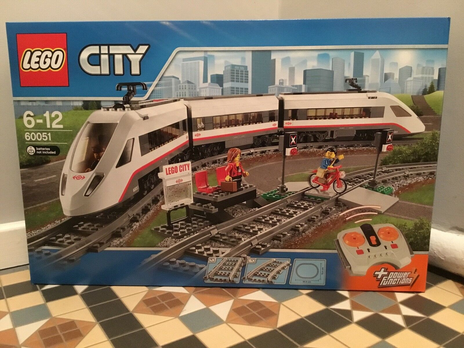 BNIB LEGO 60051 CITY HIGH SPEED PASSENGER TRAIN POWER FUNCTIONS