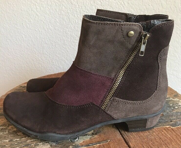 Earth Women's  Orion  Suede Multi-colord Zip Up Ankle Boots Size 8.5 US