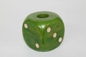 Vintage-large-green-dice-bakelite-catalin-97g-4-5cm-x-4-5cm-art-deco