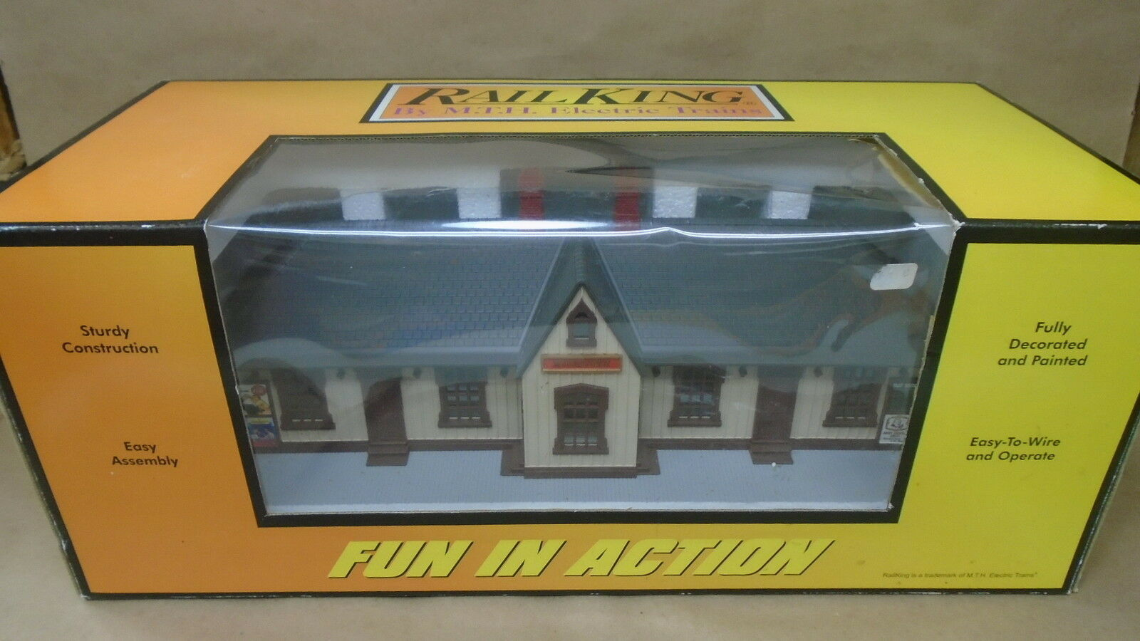 MTH Rail re 309051 Myerstown Passenger Station OScale Accessory