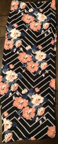 Buttery SOFT Leggings Pink Zig Zag Floral PLUS Size Leggings 12-20 NWT
