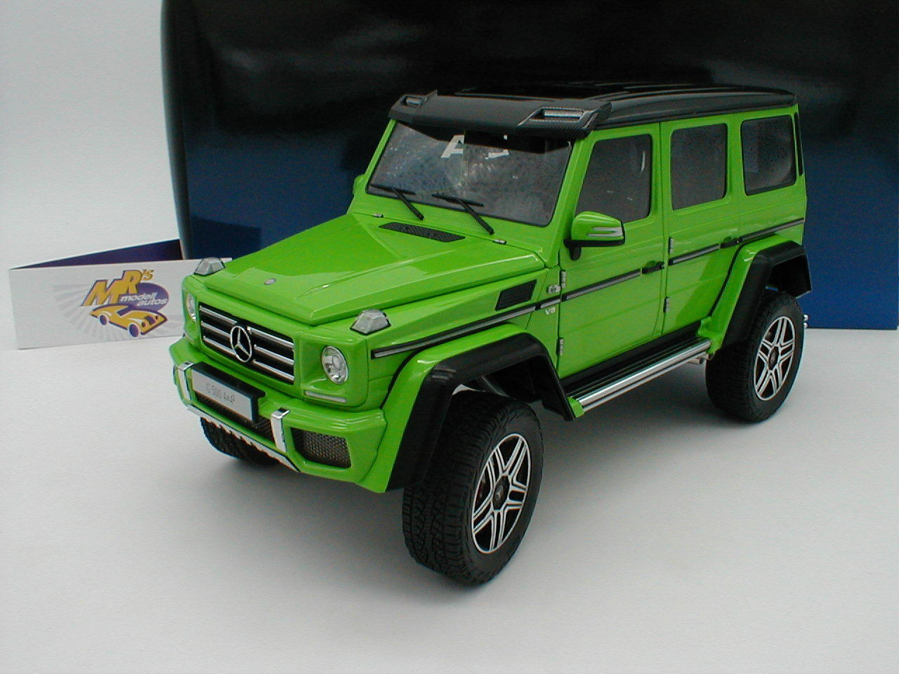 AUTOart 76315 - Mercedes-Benz G500 4x4² Baujahr 2015   Alien Grün   1 18  NEU