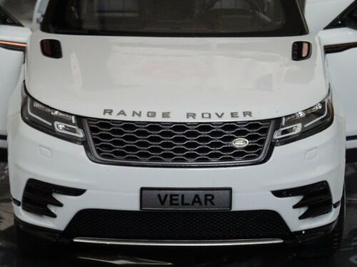RANGE ROVER 1:18 MODEL VELAR LCD DIE CAST WHITE OPENING PARTS FIRST EDITION