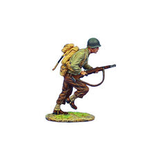 NOR038 US 4th ID Private Running with M1 Garand by First Legion