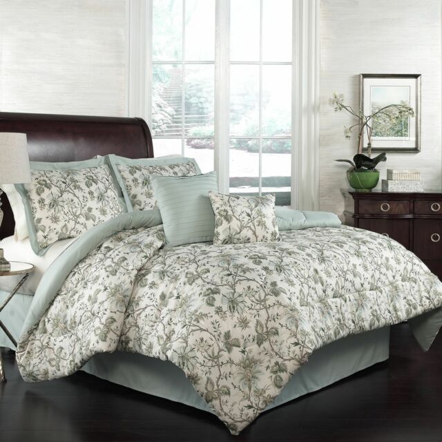 Traditions by Waverly  Felicite Mineral 6 Piece Queen Comforter Set NWT