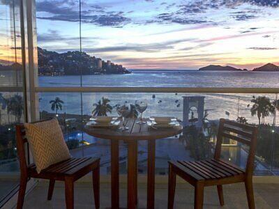 Armando's le Blub Costa Azul departamentos con terraza y vista a la bahía en Acapulco