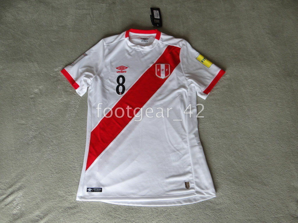 Original Oficial Umbro auténtico Perú Fútbol Jersey Camisa 2017 Christian Cueva