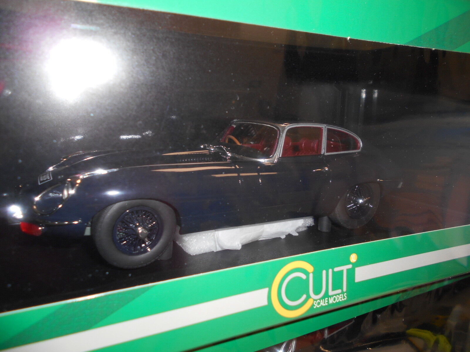 AUT0461 by AUTOCULT JAGUAR E-TYPE 1968 1 18