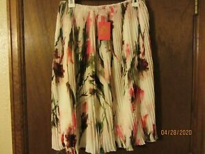 Learned Nwt - English Laundry - Women's Floral Pleated Skirt - Size M