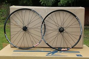 NEW-Stans-NoTubes-ARCH-MK3-29er-Front-Rear-Wheelset-ZTR-Wheels-29-034