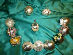 12-alte-Christbaumkugeln-Glas-Olive-silber-weiss-rosa-gold-Weihnachtskugeln