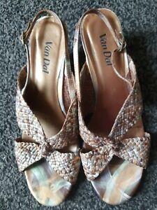Beautiful-Van-Dal-Leather-Sandals-Size-8
